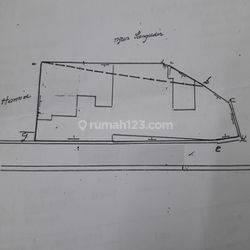 Kebun Jeruk, rumah lama jalan Adhi Karya hitung tanah  553m2 - melebar