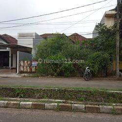 Rumah Tua HANYA HITUNG TANAH di VILLA MELATI MAS Tangerang