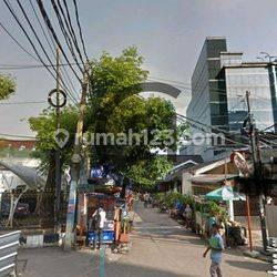 @Rumah tua bangunan 1980, @hoek, hitung @tanah emas, di Jakarta Pusat