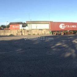 Lapangan parkir kendaraan besar sudah dicor beton langsung pakai ...
