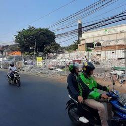 Tanah Pinggir Jalan Raya Posisi Huk Di Cilandak KKO