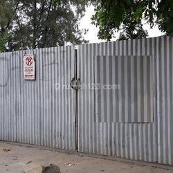 Gudang Dijual Bangunan lama  hitung Tanah Turun Harga Lokasi Pinggir Jalan Raya