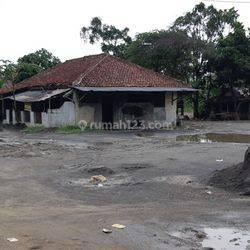 Tanah kosong di jalan raya Cisauk Tangerang