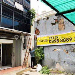 Disewakan Ruko di Jl tanah abang Jakarta Pusat