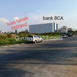 Kavling tanah di jalan bulevard harapan indah sebelah BCA pinggir jalan cocok untuk gedung kantor, sekolah ,di harapan indah Bekasi barat