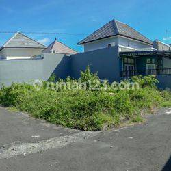 Tanah / Land with a Corner Position in a Quiet Residential Area in Jimbaran