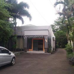 Rumah murah hitung tanah  jl. Cikutra, cocok Bisnis & Investasi