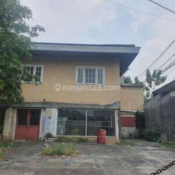 tempat usaha di Kemang Timur, Jakarta Selatan.