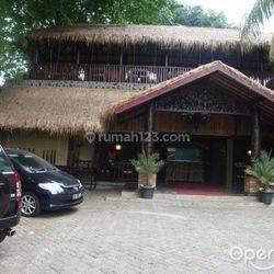 Restoran di Area S. Parman, Lokasi Strategis, Bangunan Bagus