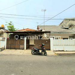 ANDRE TJHIA- 0819 9523 5999 Tanjung Duren, lebar jalan 3 mobil, masi nego