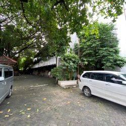 Tanah Kavling Bonus Gedung & Bangunan Tua Cikini Jakarta Pusat