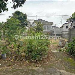 Tanah Kosong dalam kompleks Buncit Persada, Jakarta Selatan