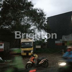Tanah murah letak strategis di pinggir jalan besar Juanda Depok,  Jawa Barat