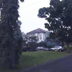 Kavling kotak/badan di Nusa Loka jl. Sulawesi depan taman di BSD City