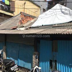 HARGA MURAH Rumah Tua Hitung Tanah di Jembatan Lima Krendang