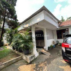 Rumah Tua Hitung Tanah Bintaro