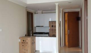 Apartement Taman Anggrek Residence Condominium 2+1BR , Murah, Gress Kondisi Semi Furnish