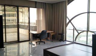 Penthouse @ Simprug Indah Apartment,3+1 BR. Balcony. Close to Gandaria City & Senayan