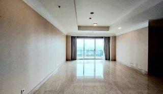 Apartment Pakubuwono Residences - 3+1BR Size 303 m² Semi Furnished, Good Condition - Sri Pangestuti 0819 0865 8015, Gandaria Jakarta Selatan