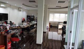 4 ruko Gandeng 5 lantai dengan LT.240m2 full furnished