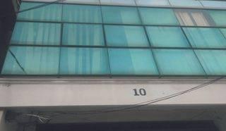 Ruko Di jelambar 3 lantai 4x17 3 Kamar mandi harga 150 Juta Pertahun