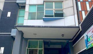 Gedung 5 Lt di Tebet Jaksel.