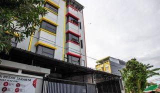 RUMAH KOST MEWAH MANGGA BESAR SEPERTI HOTEL/APARTEMEN ADA 18 KMAR BARU DENGAN NET ROI 9% - 11% PER TAHUN