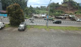 Ruko bagus 3lt Citraland Manado Parkiran Super Luas