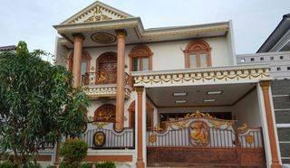 Rumah Mewah 2 Lantai Semi Furnish Tropikana Residence Lt. 300m2
