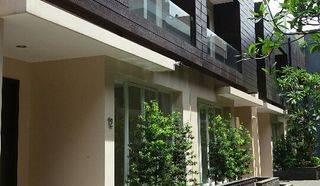 Rumah baru security 24 jam 50 m2 ke kemang Raya