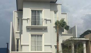 Rumah baru harga murah South Grove Lebak Bulus