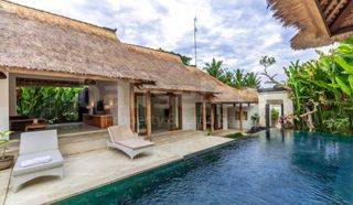 Your 4 Bedrooms Family Home in Canggu