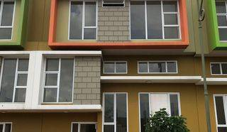 BU ! Rumah Cantik 2,5 Lantai di Cluster Atlanta Village Gading Serpong