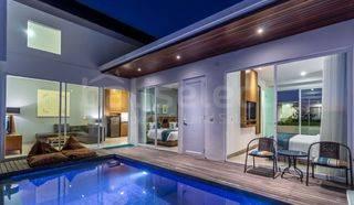 R10 - Brand New Modern Villa Complex in Ungasan Bali