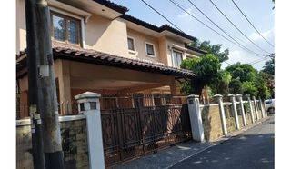 Rumah Murah Megah Halaman Luas Swimming Poll Lokasi Premium di Jl.Bendi Tanah Kusir Jakarta Selatan