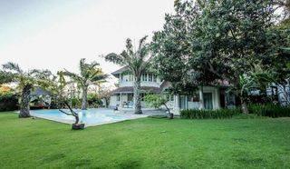 Beautiful Villa with Big Garden in Kuwum Umalas Kerobokan,Kuta,Badung Bali