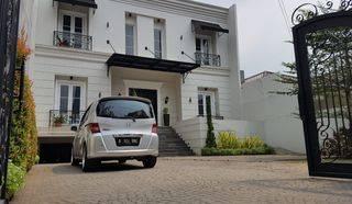 Rumah Mewah Di Bangka dekat Tendean