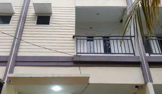 ANA*Rumah uk 4,5x15m Lokasi Bagus Depan Taman di Komplek Kavling Polri, Jelambar