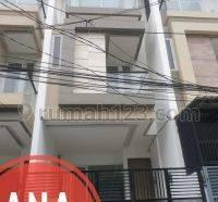 ANA*Rumah Baru Kualitas Super Hadap Selatan di Jelambar