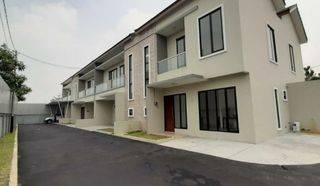 Town House at Kebagusan & Condition Unfurnished HSE-A0416