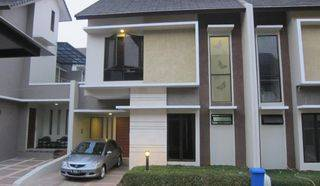 TOWN HOUSE JAGAKARSA JAKARTA SELATAN