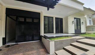 Baru Renovasi, Rumah 1 lantai, Siap Huni di Pondok Indah