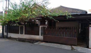 Rumah Hoek Luas di Bukit Duri Utara Manggarai Jakarta Selatan