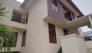 Brand New Modern House Di Kemang Sangat Siap Huni