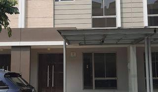 Rumah baru minimalis dengan kamar besar