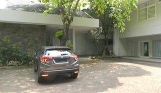 Stand Alone House Feel Like Living In A Resort Located In Kemang Area