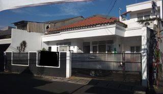 CIPETE [Jakarta Selatan] rumah luas siap huni setrategis