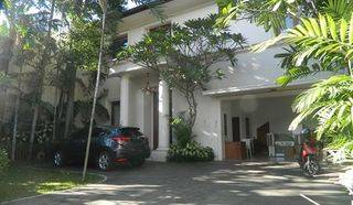 Beautiful Stand Alone House in Kemang Dalam Area Near To Hero Grocery