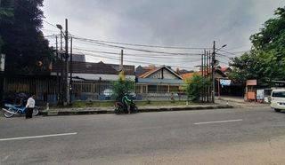 Lahan Siap Bangun Lt 1171 m2 (-/+ 42m x 29m), SHM di Jl Tebet Barat, Lokasi sangat Strategis, Hub: 0813-1838-1838 / 0878-7838-1838.
