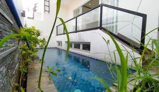 Rumah dg Private pool di Bangka dkt area Kemang Jakarta selatan